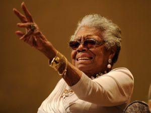Nhà thơ Maya Angelou. Ảnh: AP.
